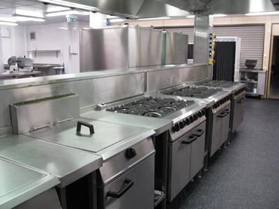 Commercial Kitchen Deep Cleaning - DS Direct